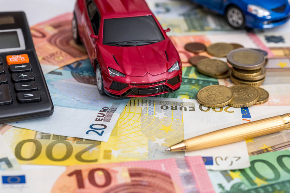 ¿Comprar o alquilar un coche?