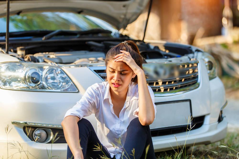 Cómo arreglar el coche tú mismo y ahorrar dinero en el taller
